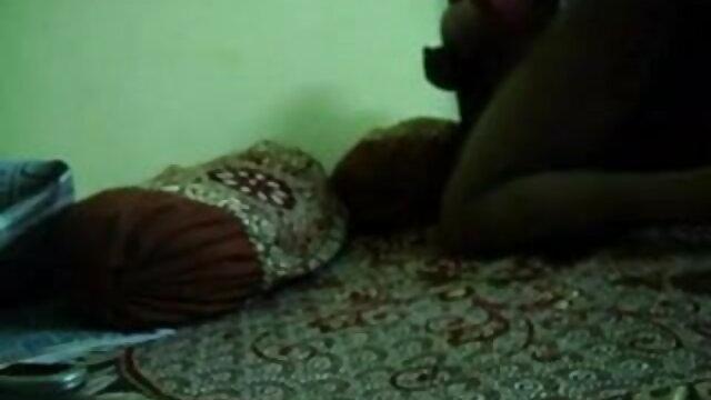 তিনি একটি পুল সঙ্গে বাংলা sex video একটি দল তার বন্ধুদের তিনটি বলা হয় এবং ছুড়ে