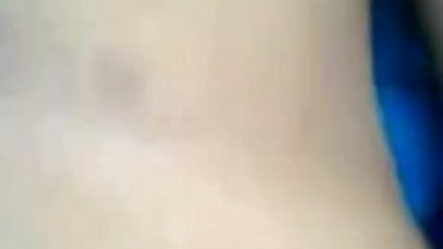কারণ তার বন্ধুর সঙ্গে তার স্ত্রীর বিশ্বাসঘাতকতা মানুষ প্রতিশোধ বাংলা x video নেন