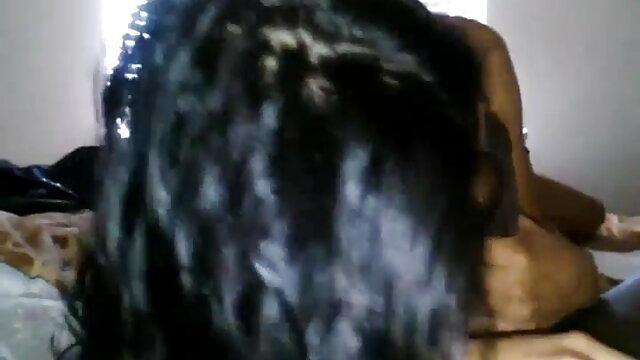ক্রীড়া, বাবা, একজন সদস্য কোচ এবং মুখের মধ্যে 3x বাংলা ভিডিও একে অপরের বসতে