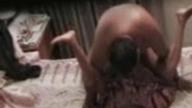ছেলের সাথে রাতে তারকা সেক্স মধ্যে www xxx বাংলা video ইসলাম মায়ের