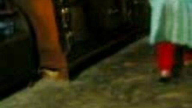 শ্যামাঙ্গিণী বাবা বাড়ীতে হয় না, যখন আগত বাংলা xxx video hd