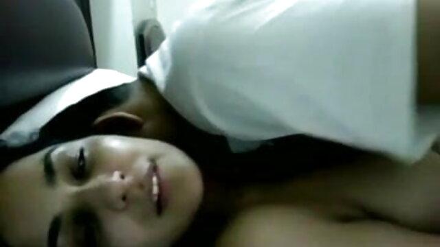 ভিজা লাতিনা বাঁড়ার বাংলা sex video রস খাবার প্রচণ্ড উত্তেজনা