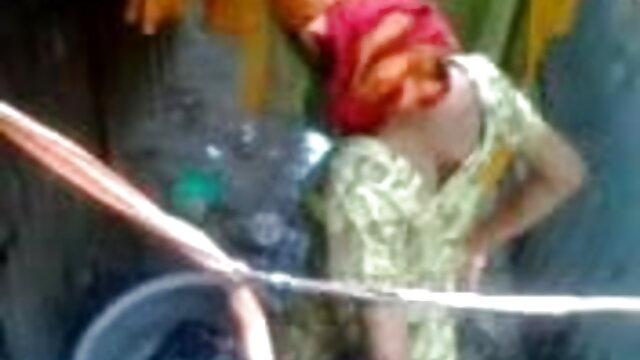 বাথরুম, লুকানো বাংলা চেদাচুদি ভিডিও ক্যামেরা ক্যামেরার