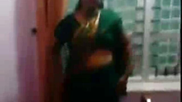 বড় সুন্দরী মহিলা বাংলা কথা বলা xxx video