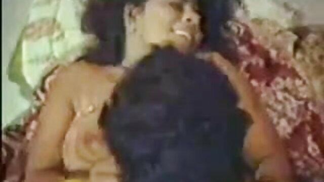 পাঁচ xxx বাংলা video কালো হোয়াইট ব্রাইড মেঝে থেকে ছাদ