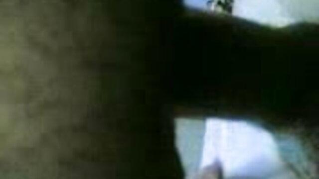 বাড়ীতে xxxx video বাংলা তৈরি, স্বামী ও স্ত্রী