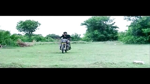 বাঁড়ার রস খাবার এক মহিলা video xxx বাংলা বহু পুরুষ মুখগত