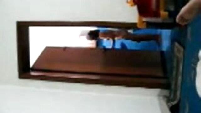 মেয়ে সমকামী নকল বাঁড়ার বাংলা ভিডিও এক্সক্সক্স মাই এর
