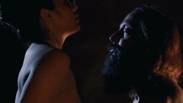 স্ট্রেঞ্জ কন্যা জামাতা, 3xxx বাংলা তার শোয়ার ঘরে সুন্দর শ্বশুর.